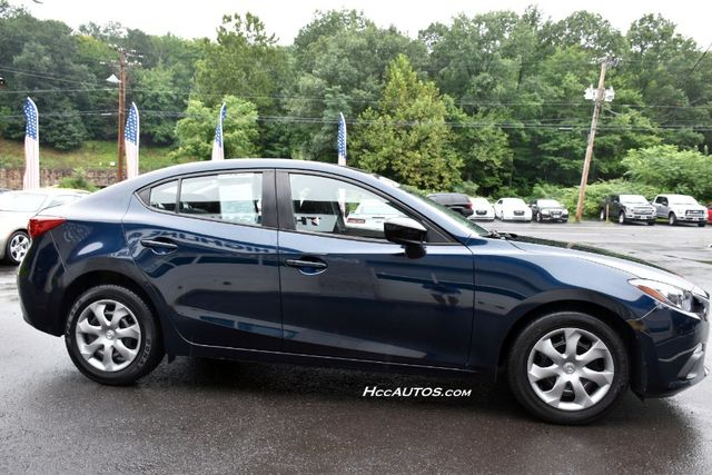 2015 Mazda Mazda3 i SV Waterbury, Connecticut 4