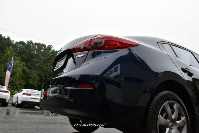 2015 Mazda Mazda3 i SV Waterbury, Connecticut 8