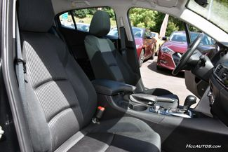 2015 Mazda Mazda3 i Touring Waterbury, Connecticut 18