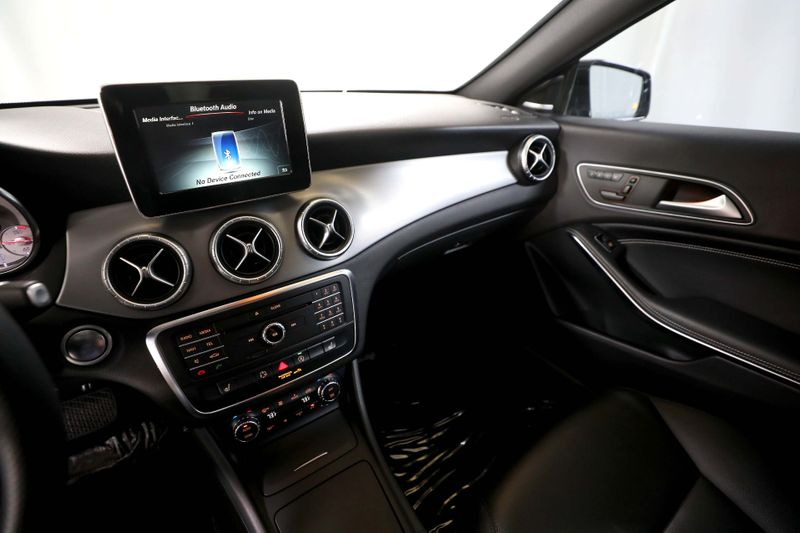 2015 Mercedes-Benz CLA 250 - Sport Plus - Navi - Keyless GO - Xenon - Loaded  city California  MDK International  in Los Angeles, California