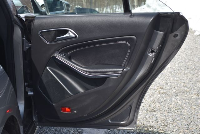 2015 Mercedes-Benz CLA 250 4Matic Naugatuck, Connecticut 11
