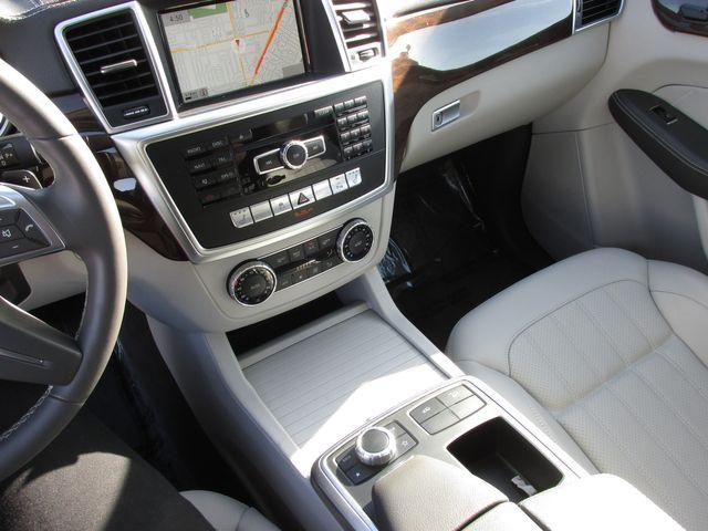 2015 Mercedes-Benz GL 350 BlueTEC AWD in Costa Mesa, California 92627
