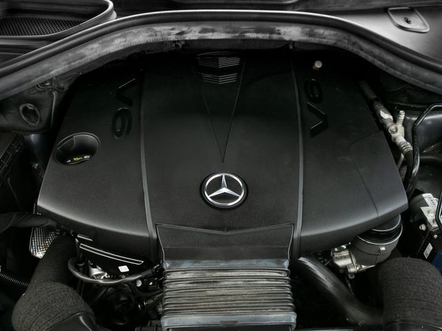 2015 Mercedes-Benz GL 350 BlueTEC Burbank, CA 28