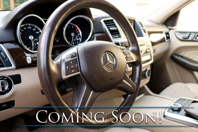 2015 Mercedes-Benz GL450 4MATIC AWD w/3rd Row Seats, Navi, Heated Seats, Moonroof & Harman/Kardon Audio in Eau Claire, Wisconsin 54703