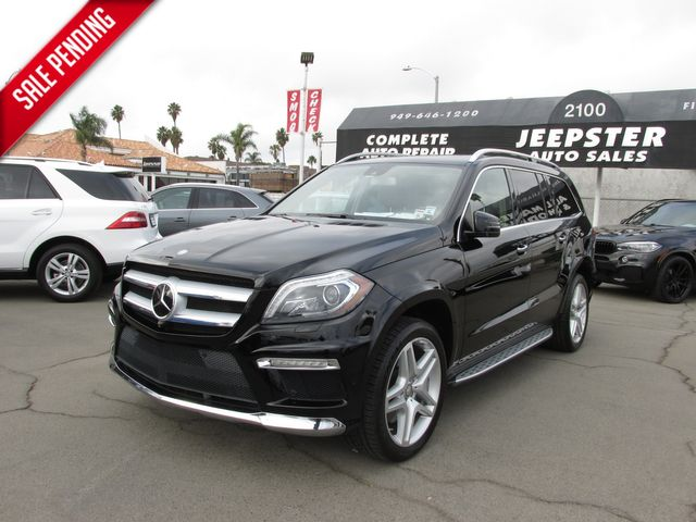 2015 Mercedes-Benz GL 550 4Matic in Costa Mesa, California 92627