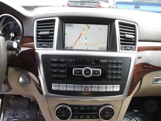 2015 Mercedes-Benz GL 550 4Matic in Costa Mesa, California 92627