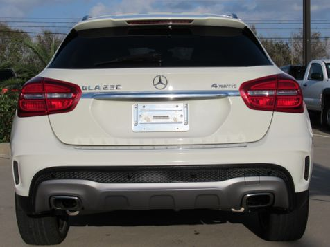 2015 Mercedes-Benz GLA 250 4MATIC | Houston, TX | American Auto Centers in Houston, TX