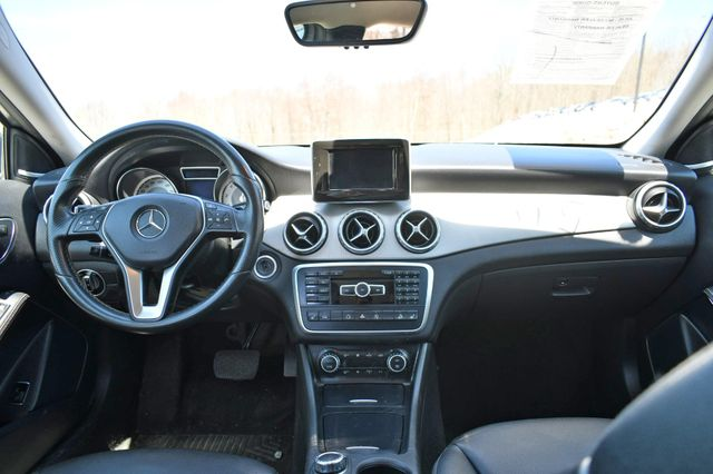 2015 Mercedes-Benz GLA 250 4Matic Naugatuck, Connecticut 17