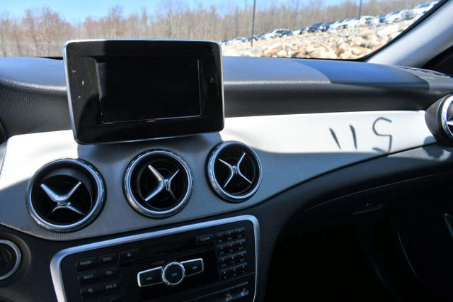 2015 Mercedes-Benz GLA 250 4Matic Naugatuck, Connecticut 22