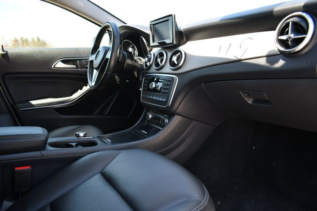 2015 Mercedes-Benz GLA 250 4Matic Naugatuck, Connecticut 8