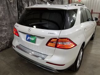 2015 Mercedes-Benz ML 350 4Matic 1 Owner AWD  city ND  AutoRama Auto Sales  in Dickinson, ND