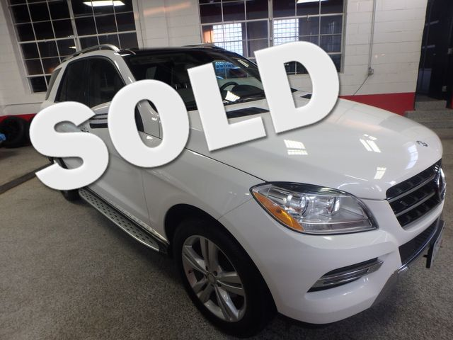 2015 Mercedes Ml350, FLAWLESS, SERVICED, AND LOADED UP!~ Saint Louis Park, MN