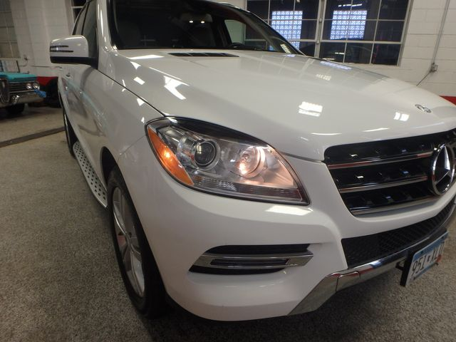 2015 Mercedes Ml350, FLAWLESS, SERVICED, AND LOADED UP!~ Saint Louis Park, MN 29