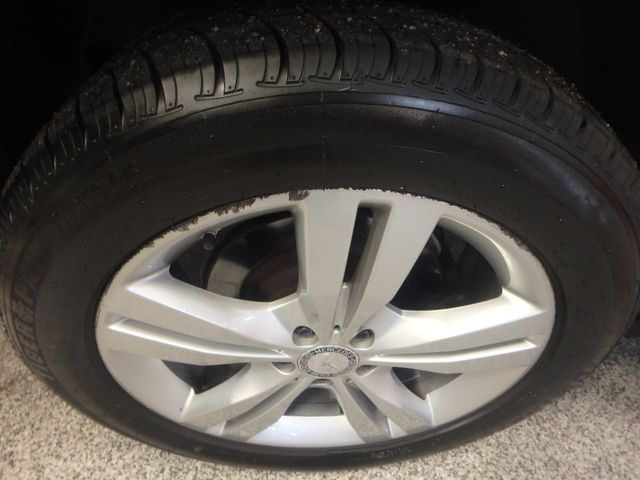 2015 Mercedes Ml350, FLAWLESS, SERVICED, AND LOADED UP!~ Saint Louis Park, MN 34