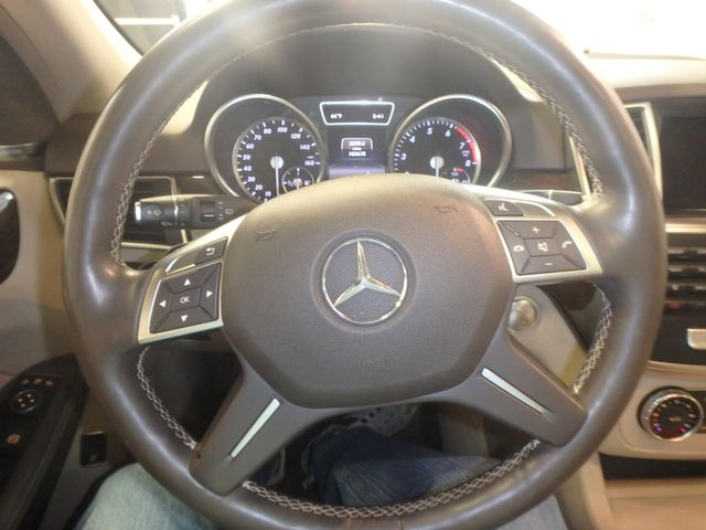 2015 Mercedes Ml350, FLAWLESS, SERVICED, AND LOADED UP!~ Saint Louis Park, MN 4