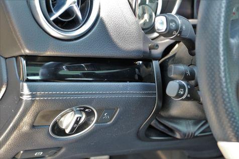 2015 Mercedes-Benz SL-Class SL550 Roadster White Arrow Edition in Alexandria, VA