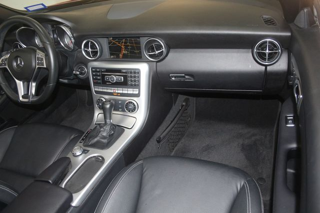 2015 Mercedes-Benz SLK 250 Houston, Texas 24