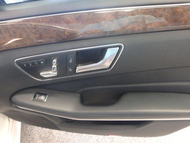 2015 Mercedes E350 4-Matic BEAUTIFUL LOW MILE TROPHY!~ Saint Louis Park, MN 18