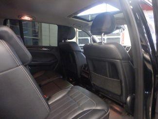 2015 Mercedes Gl450 STUNNING RIDE, BEYOND LOADED, PREMIUM 1 PKG Saint Louis Park, MN 25