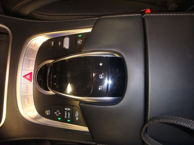 2015 Mercedes S-550 4-Matic READY TO IMPRESS, STUNNING MACHINE Saint Louis Park, MN 23