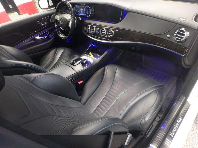 2015 Mercedes S-550 4-Matic READY TO IMPRESS, STUNNING MACHINE Saint Louis Park, MN 31
