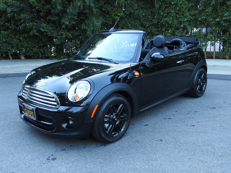 2015 Mini Convertible One Owner, Low Miles, Factory Warranty in , California