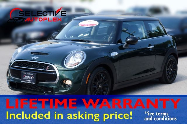 2015 Mini Cooper S, PANO ROOF, LEATHER SEATS, HEATED FRONT SEATS in Carrollton, TX 75006