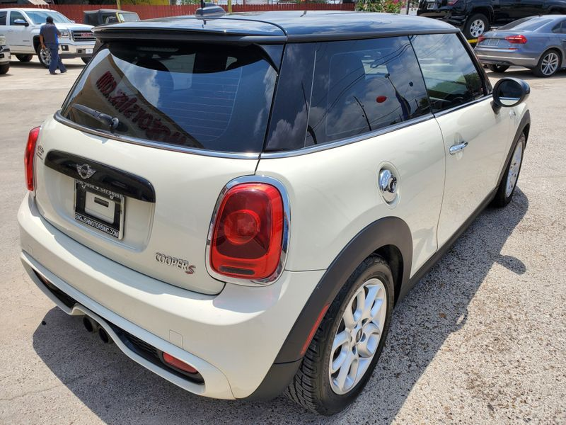 2015 Mini Hardtop 2 Door S  Brownsville TX  English Motors  in Brownsville, TX