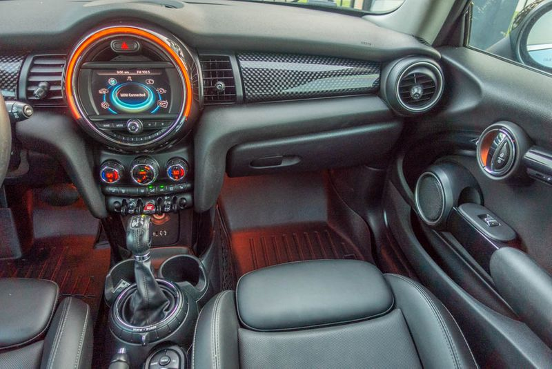 2015 Mini Hardtop 2 Door S   Texas  EURO 2 MOTORS  in , Texas