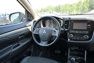 2015 Mitsubishi Outlander SE Naugatuck, Connecticut 15