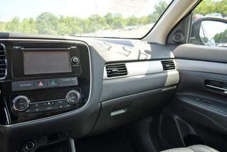 2015 Mitsubishi Outlander SE Naugatuck, Connecticut 21