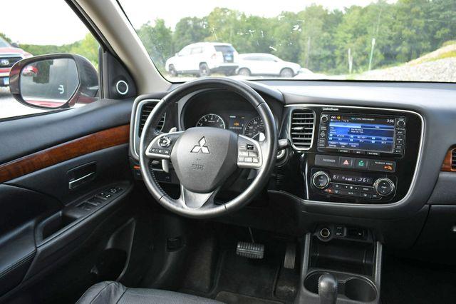 2015 Mitsubishi Outlander GT 4WD Naugatuck, Connecticut 18