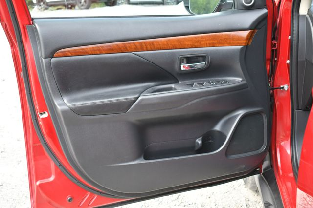 2015 Mitsubishi Outlander GT 4WD Naugatuck, Connecticut 22