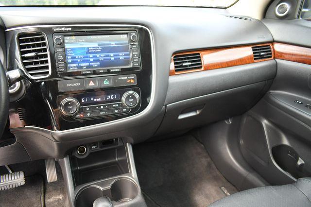 2015 Mitsubishi Outlander GT 4WD Naugatuck, Connecticut 25