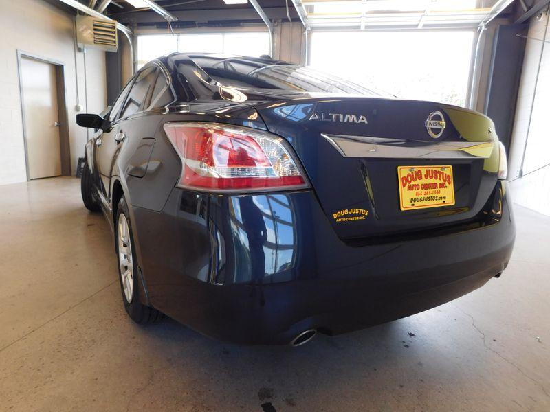 2015 Nissan Altima 25 S  city TN  Doug Justus Auto Center Inc  in Airport Motor Mile ( Metro Knoxville ), TN