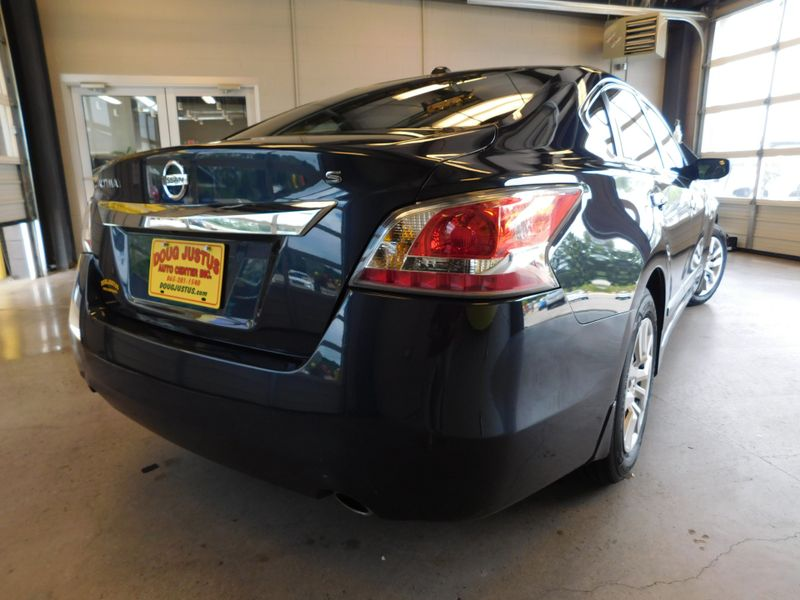 2015 Nissan Altima 25 S  city TN  Doug Justus Auto Center Inc  in Airport Motor Mile ( Metro Knoxville ), TN