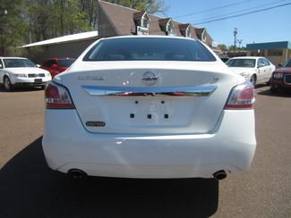 2015 Nissan Altima 2.5 S Batesville, Mississippi 12