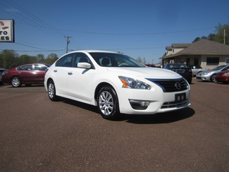 2015 Nissan Altima 2.5 S Batesville, Mississippi
