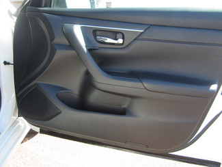 2015 Nissan Altima 2.5 S Batesville, Mississippi 30