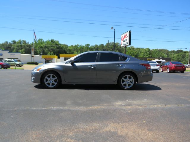 2015 Nissan Altima 2.5 S Batesville, Mississippi 1
