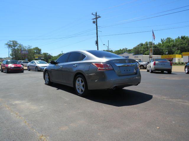 2015 Nissan Altima 2.5 S Batesville, Mississippi 6