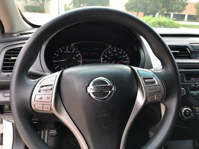 2015 Nissan Altima S ONE OWNER in Carrollton, TX 75006