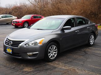2015 Nissan Altima 2.5 S | Champaign, Illinois | The Auto Mall of Champaign in Champaign Illinois