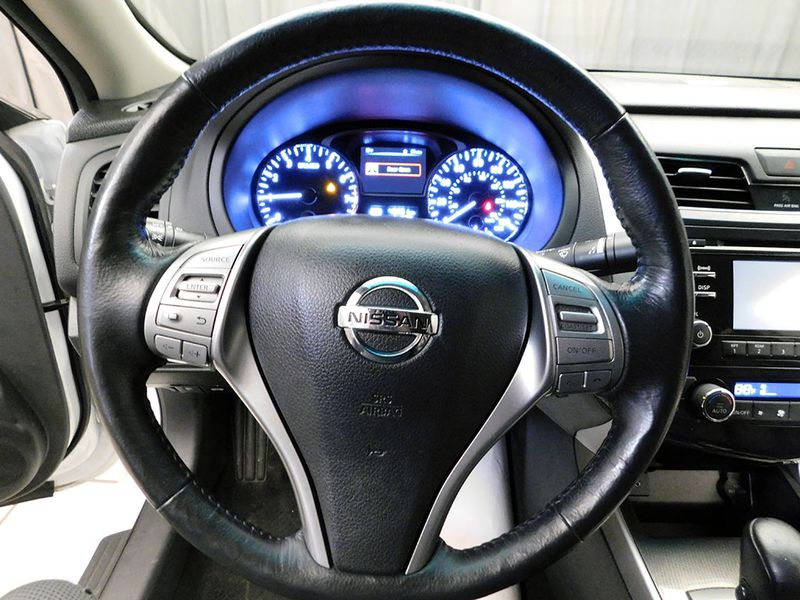 2015 Nissan Altima 25 SL  city Ohio  North Coast Auto Mall of Cleveland  in Cleveland, Ohio
