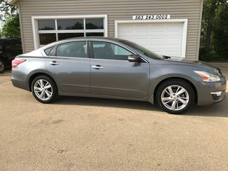 2015 Nissan Altima 2.5 SV in Clinton IA, 52732