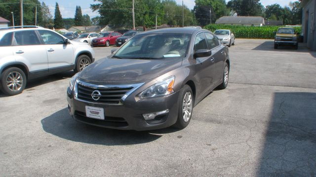 2015 Nissan Altima 2.5 in Coal Valley, IL 61240