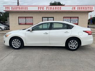 2015 Nissan Altima 2.5 S in Devine, Texas 78016