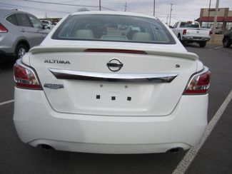 2015 Nissan Altima 25 S  Fort Smith AR  Breeden Auto Sales  in Fort Smith, AR