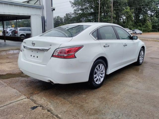 2015 Nissan Altima 2.5 Houston, Mississippi 5