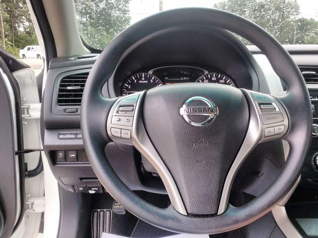 2015 Nissan Altima 2.5 Houston, Mississippi 10